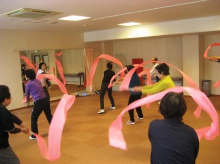 リズム体操教室  運動強度★★☆☆